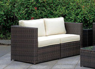 Love seat 2 peice outdoor set