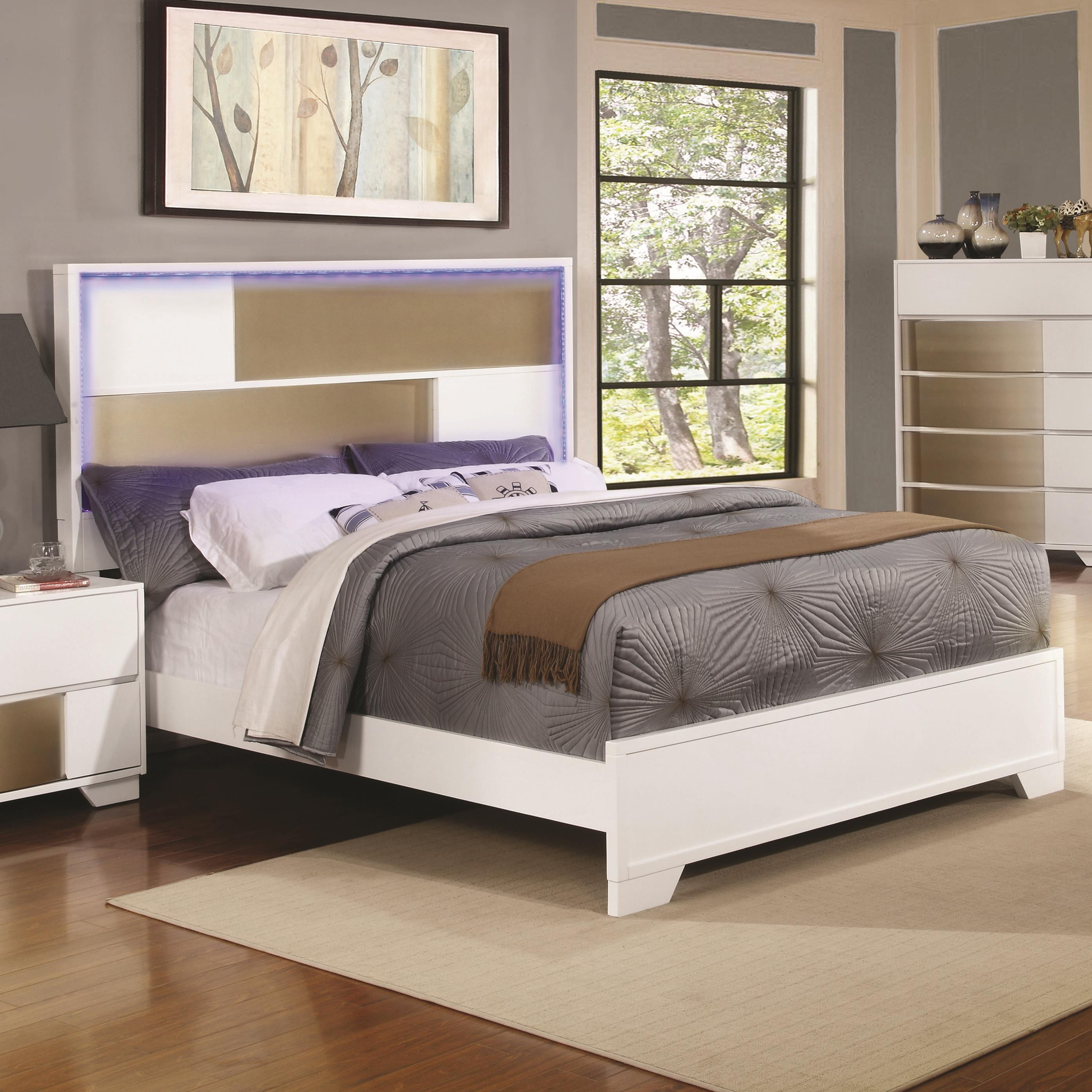 Queen 4 pc set, havering (bed, dresser, nightstand, mirror)