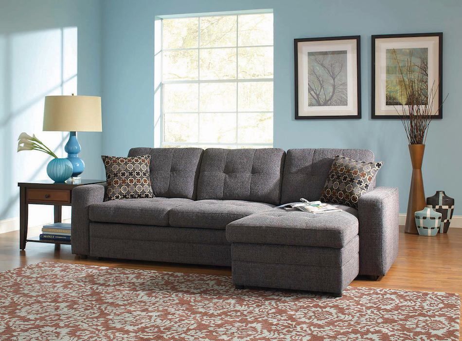 Amanda  small sectional sofa with contemporary style and tufts