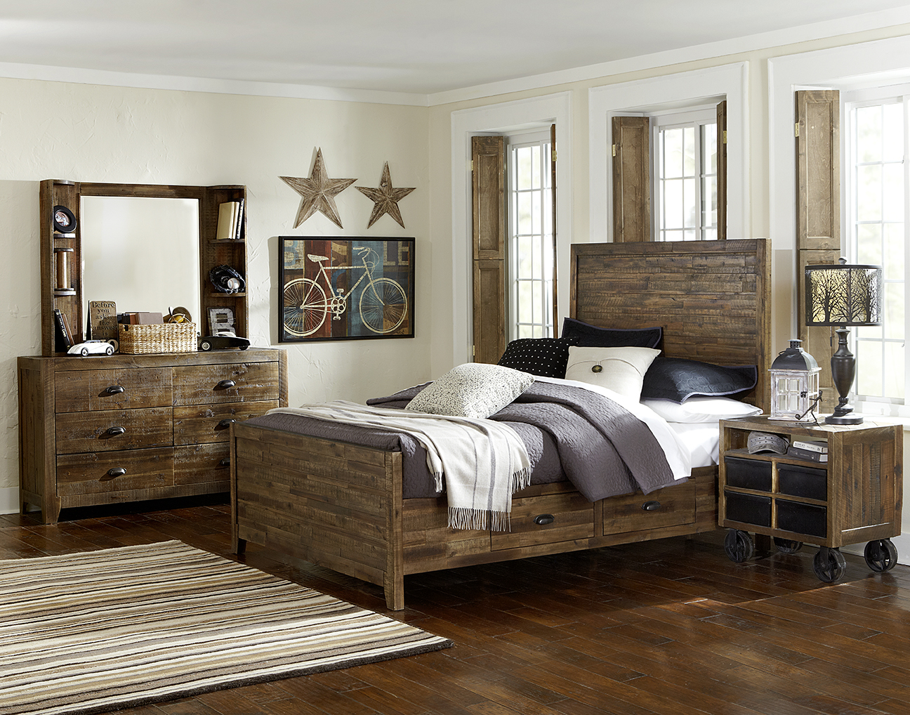 Braxton full bed w night stand & chest (no casters or drawers)