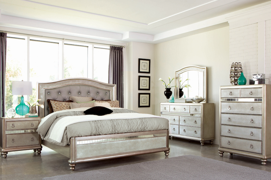 Queen 4 pc set, bling game (bed, dresser, nightstand, mirror)